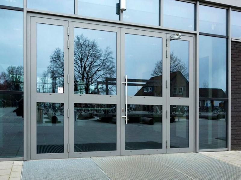 Двери светопрозрачные противопожарные алюминиевые